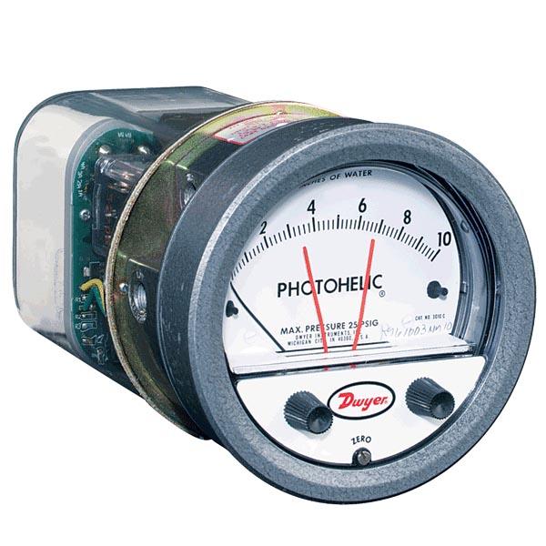 Dwyer Capsuhelic Series 4000 Differential Pressure Gauge Range 0-25 kPa Dwyer Instruments 4000-25KPA